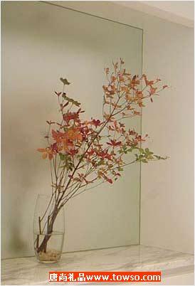 玻璃家居饰品创造一个浪漫的效果很酷的感觉(图)
