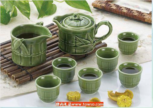 新竹节茶具带手柄(绿釉)  1壶6杯6盘
