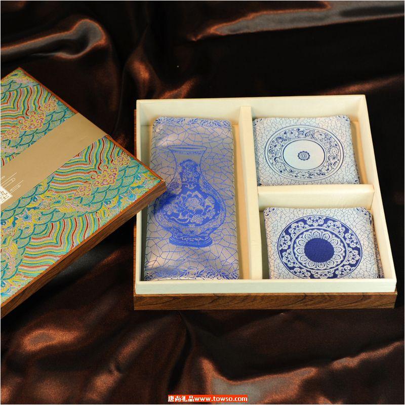 青花国韵·丝绸艺术组垫 吉垫